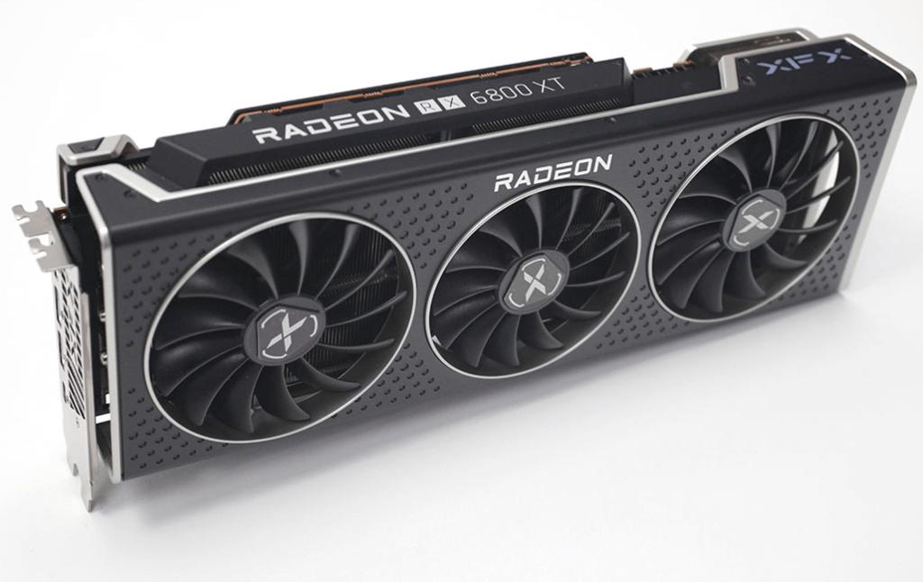 xfx radeon rx 6800 xt speedster merc 319 kozhuh 1 1024x646